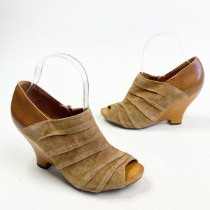 NAYA Anthropologie Genesis Brown Suede Wedge